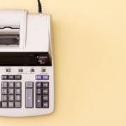 Impostos e contribuições sociais - Lamares Capela & Associados